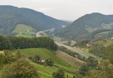 De bergweg van Slovenië Stock Afbeelding