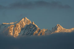 De bergzonsondergang van de winter Royalty-vrije Stock Afbeelding