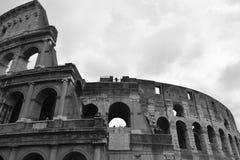 De beroemde plaats Colosseum Stock Afbeeldingen