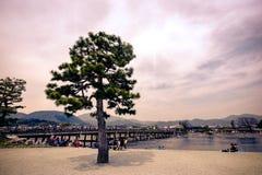 De beroemde plaats van de Togetsukyobrug in Arashiyama, Kyoto, Japan stock fotografie