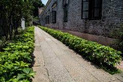 De beroemde toeristische attracties in Guangzhou-voorouderlijke die zaal van stads de Chinese Chen, met harde granietbestrating w Stock Afbeelding