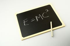 De beroemde vergelijking van Einstein stock foto's