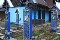 De beroemde Vrolijke Begraafplaats in Maramures Roemenië Stock Afbeeldingen