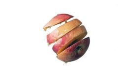 De besnoeiing van de appel in plakken met honing en water gegeven vlotter Stock Afbeeldingen