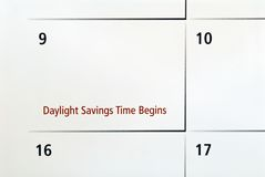 De Besparingen van het daglicht begint Stock Afbeelding