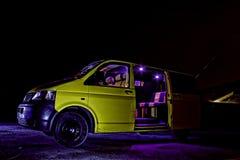 De Bestelwagen van de nacht Stock Fotografie