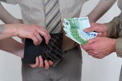 De betaling van het contante geld met getuige Royalty-vrije Stock Foto's