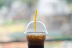 De bevroren koffie, ijs, wit, kop, latte, meeneem, neemt, koude, drin royalty-vrije stock afbeelding