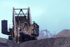 De bewegende machines van de steenkool royalty-vrije stock foto's