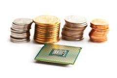 De bewerker en de muntstukken van de computer stock afbeelding
