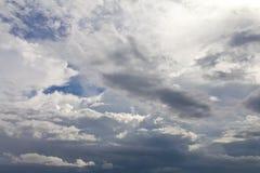 De bewolking van de wolkenhemel stock afbeeldingen