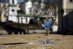 De bezinning in het glas Stock Fotografie