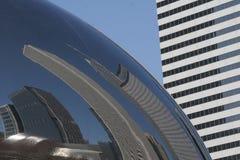 De Bezinning van Chicago Skyscrper Stock Foto's