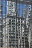 De Bezinning van Chicago Skyscrper Stock Afbeeldingen