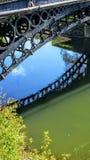 De Bezinning van de Tickfordbrug Royalty-vrije Stock Afbeelding