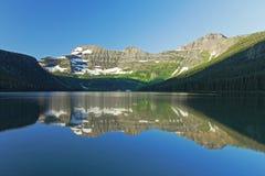 De Bezinning van het bergmeer - Alberta, Canada Stock Fotografie