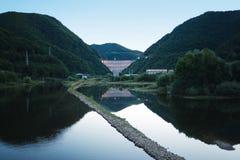 De bezinning van het meer Royalty-vrije Stock Foto's