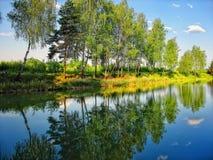 De bezinning van het meer Royalty-vrije Stock Afbeeldingen