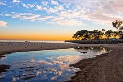 De Bezinning van het strand Stock Foto