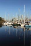 De Bezinningen van de jachthaven, Valse Kreek, Vancouver Royalty-vrije Stock Foto