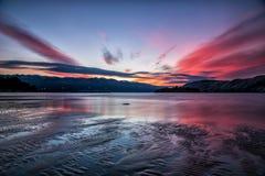 De bezinnings van overzeese van zonsondergang rab Kroatië de aardlandschap hemellongexpo Royalty-vrije Stock Afbeeldingen