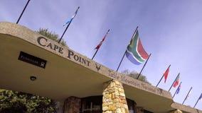 De bezoekers centreren bij de Kaap van de Lijstberg van Goede Hoop stock video
