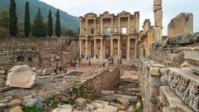 De Bibliotheek van Celsus in Ephesus de oude Griekse stad in Selcuk, de provincie Turkije van Izmir stock video