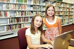 De Bibliotheek van de school - Technologie   Stock Foto's