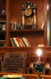 De bibliotheek van het huis royalty-vrije stock afbeelding
