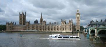 De Big Ben & Huis van het Parlement Stock Fotografie