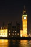 De Big Ben bij nacht (Londen, het UK) Stock Foto's