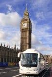 De Big Ben en bus royalty-vrije stock afbeelding