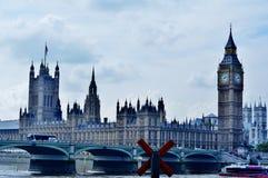 De Big Ben en het huis van het Parlement royalty-vrije stock foto