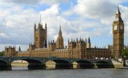 De Big Ben en het Parlement in Londen stock afbeeldingen