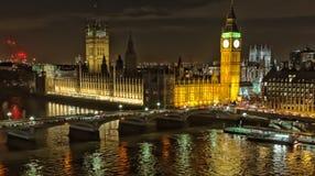 De Big Ben en Huizen van het Parlement Royalty-vrije Stock Afbeeldingen