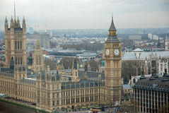 De Big Ben en Huizen van het Parlement Stock Afbeeldingen
