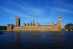 De Big Ben en Huizen van het Parlement in Londen Stock Foto