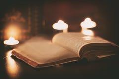 De Bijbel Royalty-vrije Stock Afbeeldingen