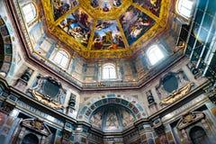 De bijbelse Graven San Lorenzo Medici Church Florence Italy van de Schilderijenkoepel stock afbeelding