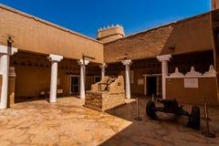 De binnenbinnenplaats van het Masmak-Fort, Riyadh stock foto's
