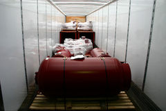 De binnenkant van de aanhangwagen die van een cabine zijn geladen lading toont. Royalty-vrije Stock Fotografie