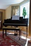 De Binnenlandse Zaal van het huis met Piano Stock Fotografie