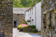 De binnenplaats van het plattelandshuisje royalty-vrije stock foto