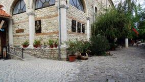 De binnenplaats van Nice van Bulgaars huis in Nesebar Stock Foto's