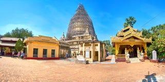 De binnenplaats van de Tempel van Gu Byauk Gyi in Bagan, Myanmar Stock Foto