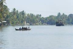 De binnenwateren van Kerala Royalty-vrije Stock Afbeeldingen