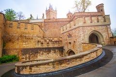 De binnenwerf van mooi Hohenzollern-kasteel royalty-vrije stock afbeeldingen