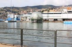 De Biosfeer van Genua in de oude haven, Italië Stock Afbeeldingen
