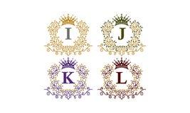 De bladeren bekronen Aanvankelijke I J K L Royalty-vrije Stock Afbeelding