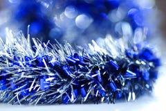 De blauwe abstracte achtergrond van de Kerstmisdecoratie Stock Afbeeldingen